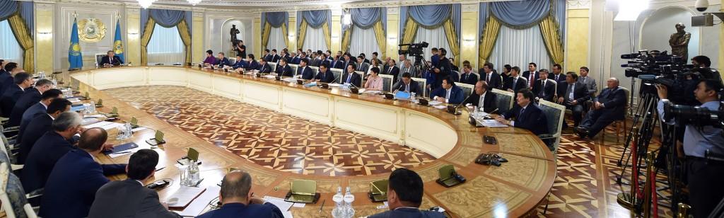 President Nursultan Nazarbayev meets with members of Kazakhstan's business community on Aug. 19.