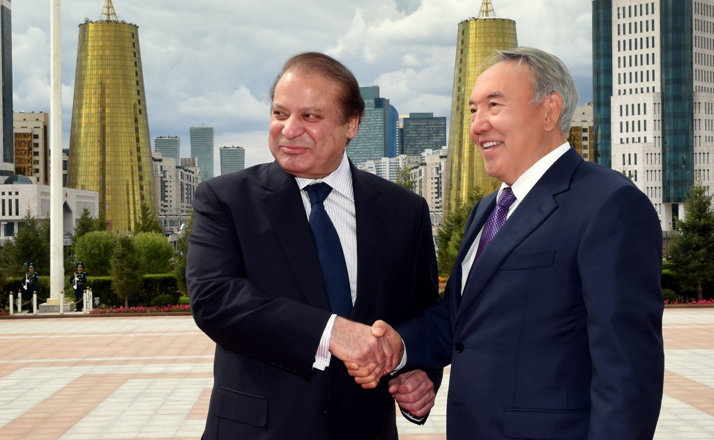 Prime Minister of Pakistan Nawaz Sharif (L) and President Nazarbayev meet in Astana.