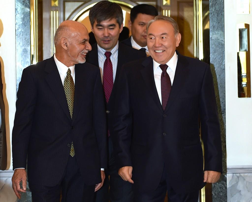 President of Afghanistan Ashraf Ghani (L) and President of Kazakhstan Nursultan Nazarbayev meet Nov. 20.