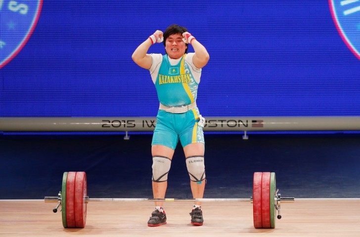 Zhazira Zhaparkul lifts for silver in the 69 kilos category at the World Weightlifting Championship in Houston, TX. Photo: Getty images.