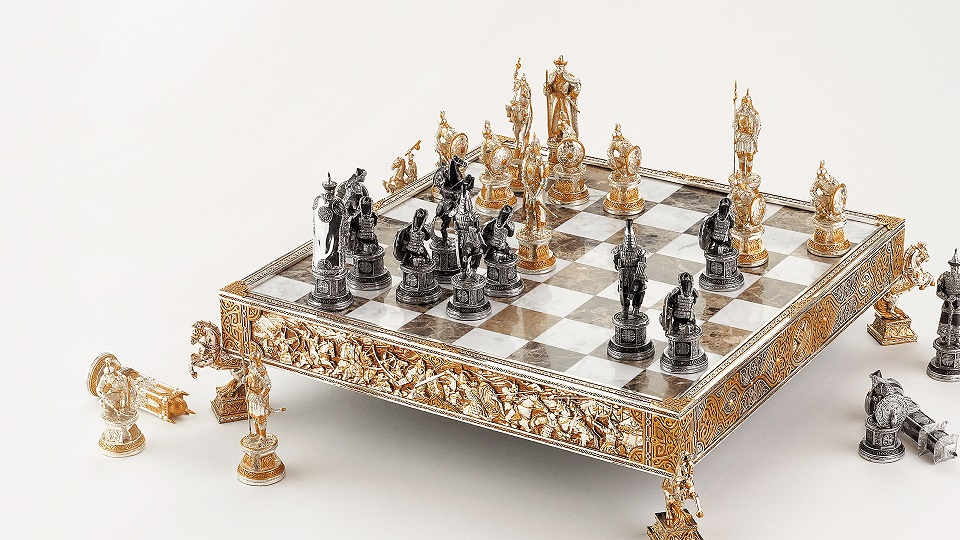 anyrakay-battle-chess-limited-edition-1