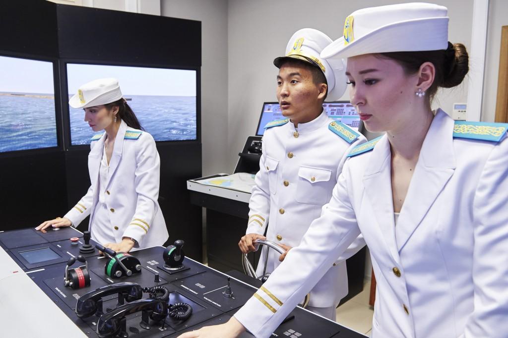 maritime women 3