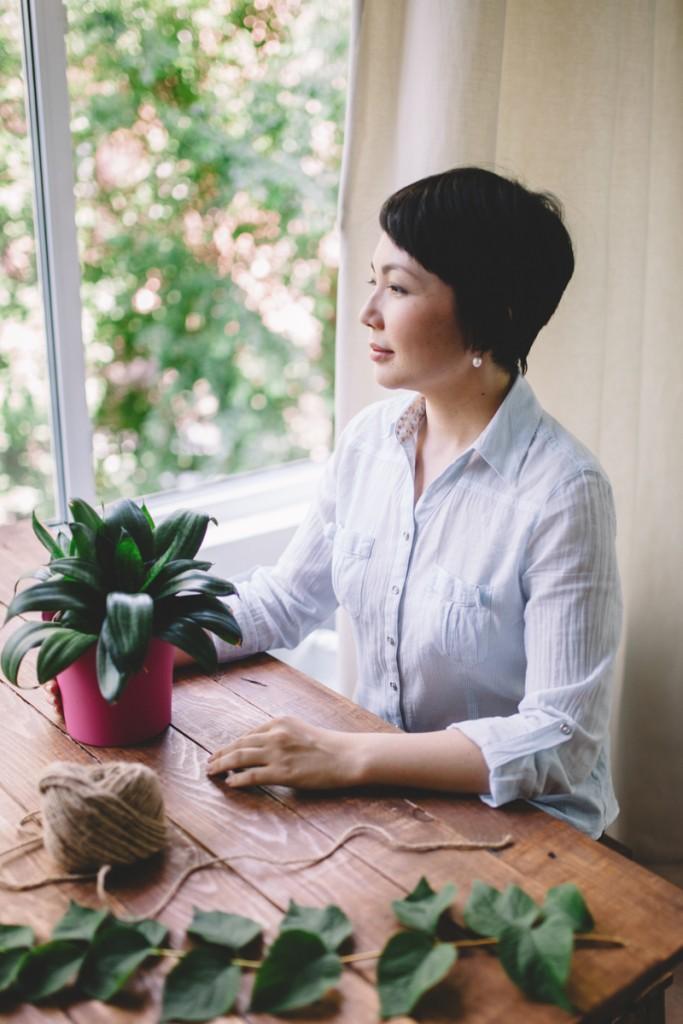 Almaty entrepreneur brings indoor gardening to kazakhstan for Indoor gardening diana yakeley