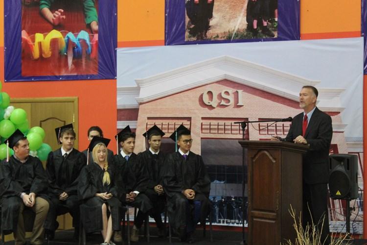 Jay Loftin (R) and students