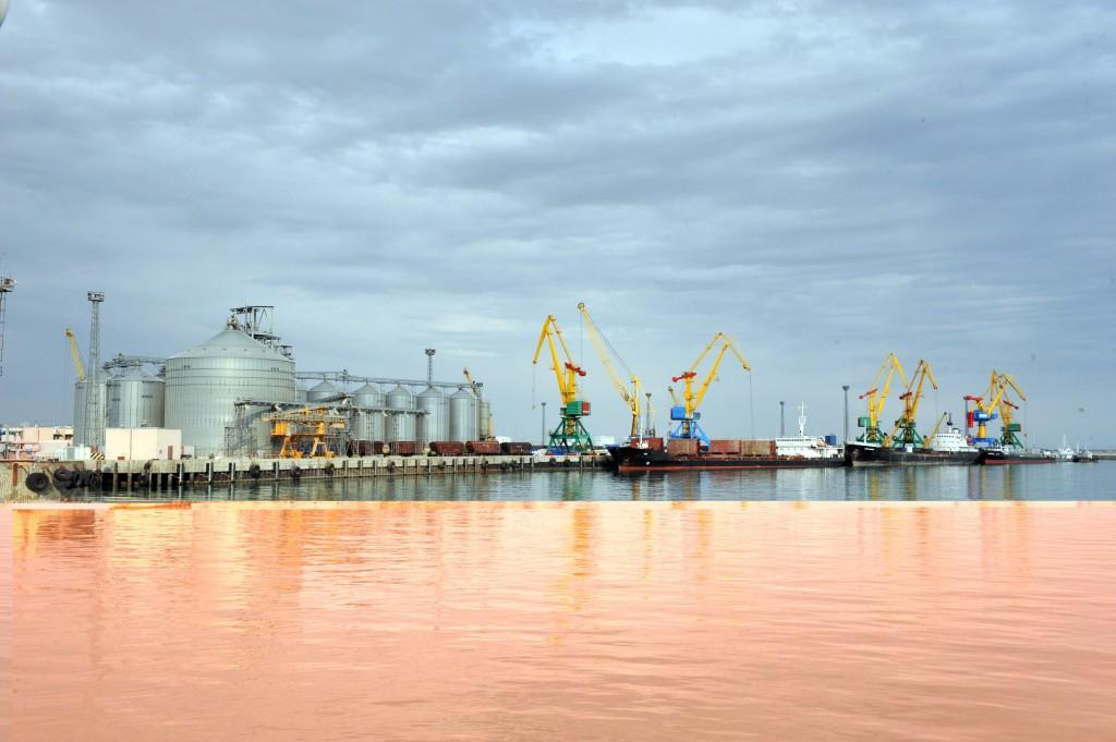 Aktau port