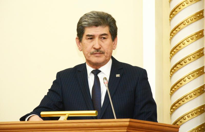 Energy and Utilities Department head Sapar Amanbekov