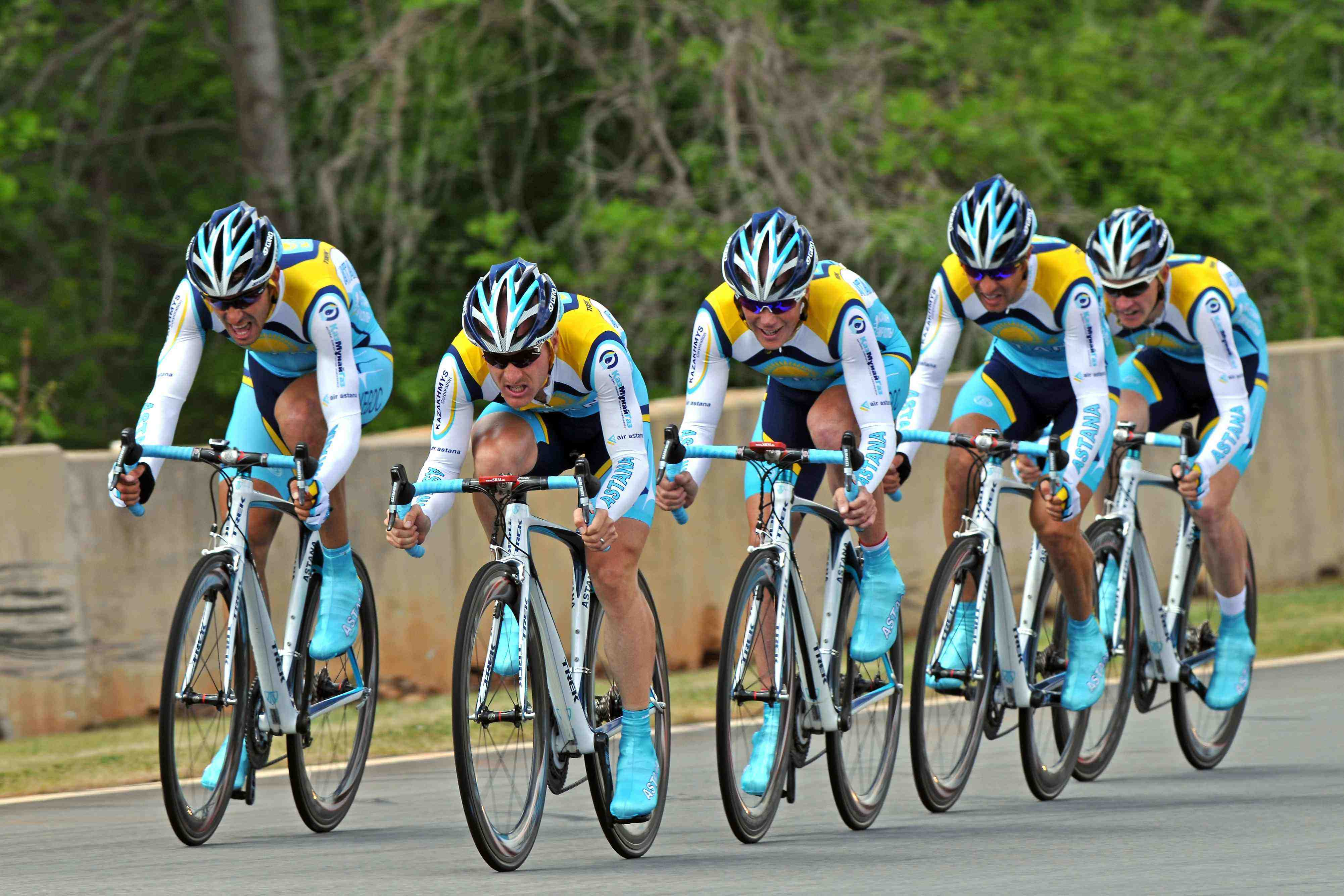 Astana cycling team presents line-up for new season