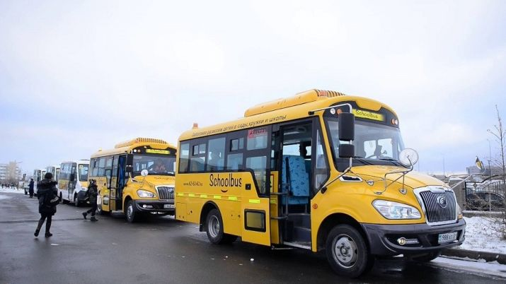Astana launches pilot project to provide fee-based school buses for