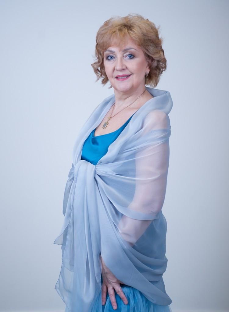 Yelena Sakhno.