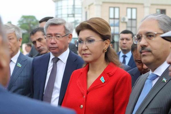 Photo credit: parlam.kz.