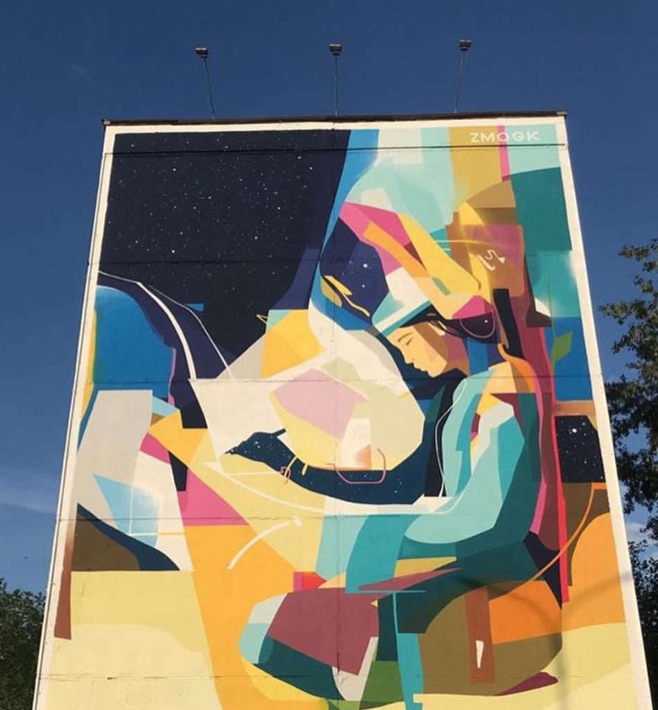"Mural ""History"" painted by Konstantin Zmogk at 30 Yesenberlin Street"