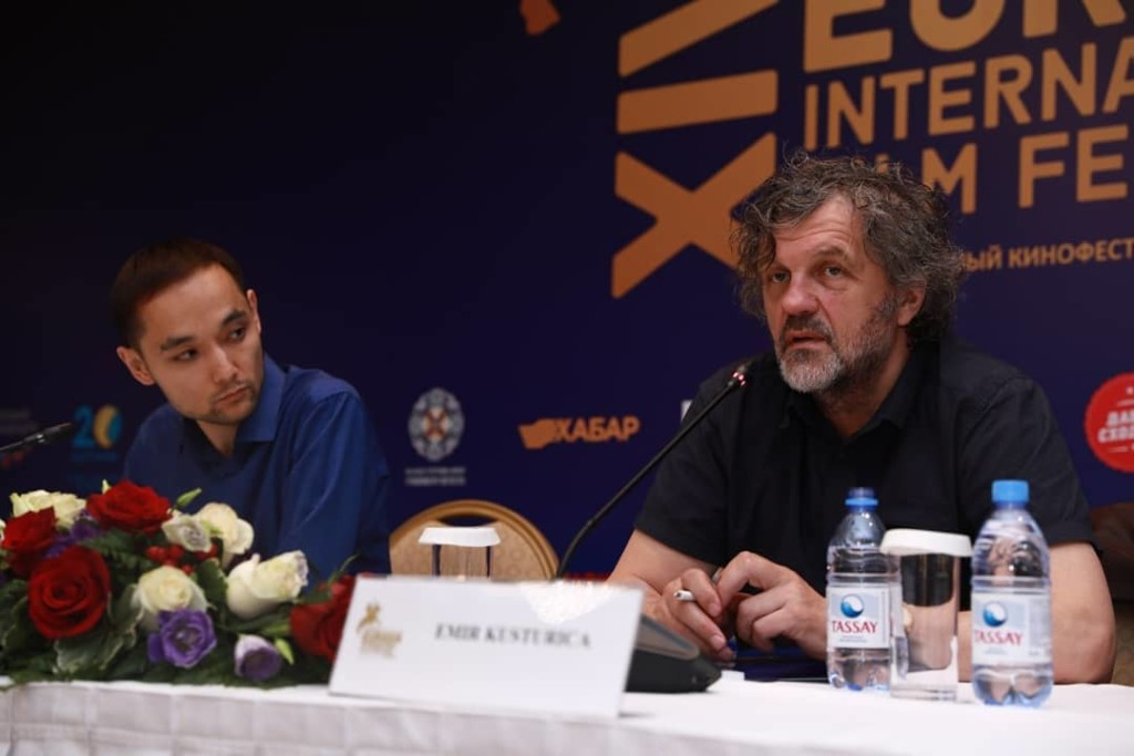 Emir Kusturica at a press conference.