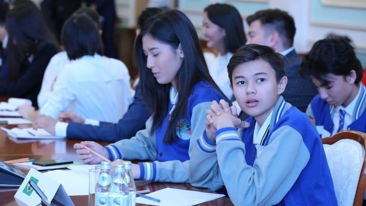 173030 preview image - Новый казахский программа позволяет студентам, чтобы заработать средства на обучение, курс добровольчества