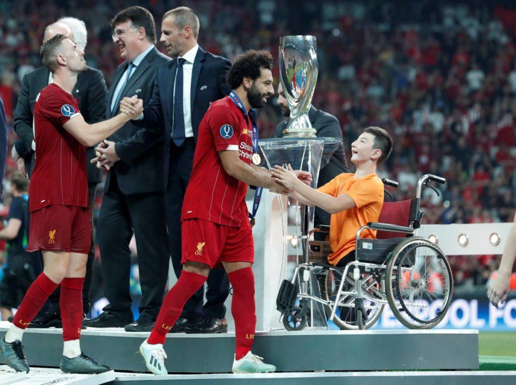 24.kz  1024x765 - Казахский мальчик посещает 2019 футбол Суперкубок УЕФА, вручает приз в Ливерпуль