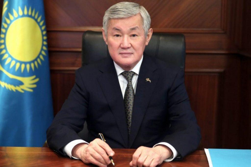 2c7cdfca1a24f9b6016630ea6c2b4403 XL large 1024x683 - Бердибек Сапарбаев заменяет Гульшара Абдыкаликова в качестве заместителя премьер-министра