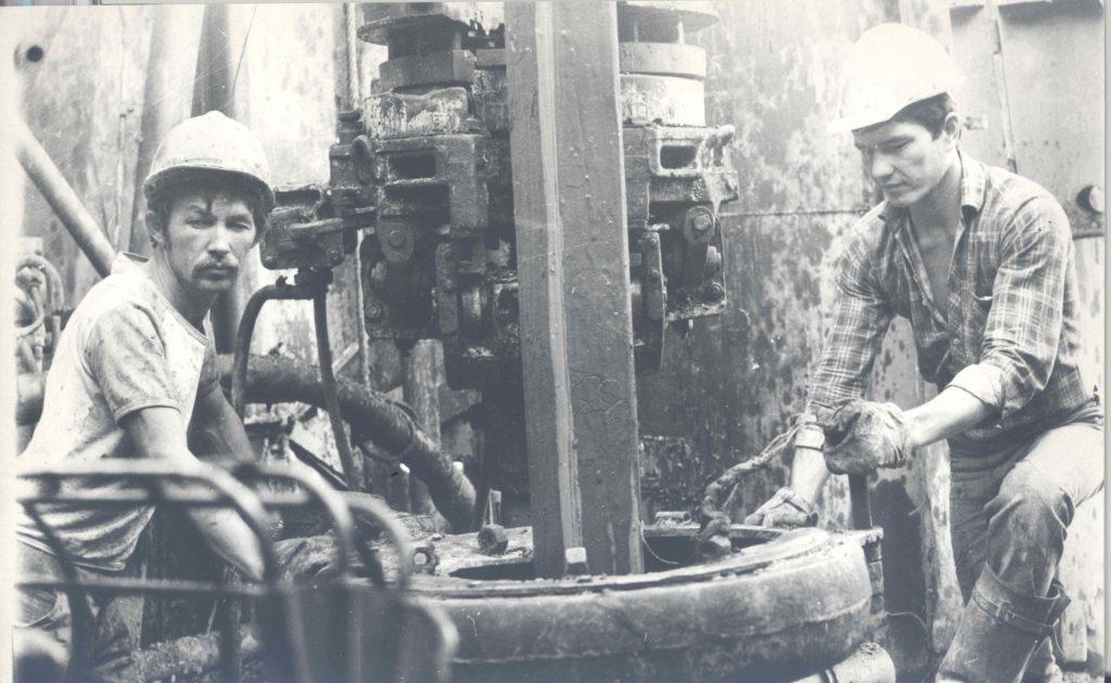 58 1024x630 - ПетроКазахстан акций долгую историю, первые дни современного производства нефти в Казахстане