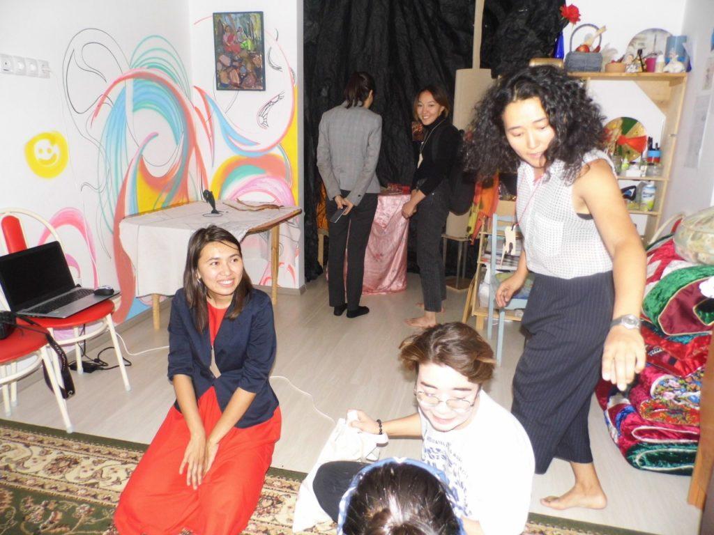 ehcepw1eqwcsay4muzcyt4qtjwfabyx2dxzvp5aqn9d56xt9jlemfvmxzkcew7oqdvy4hanmwan9 1 1024x768 - Развивающихся казахстанских художников представит выставку работ в квартирах Нурсултан