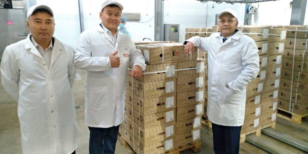photo2019 08 1314 31 26 1024x512 - Актюбинская область экспортирует более 20 тонн говядины в Китай, впервые