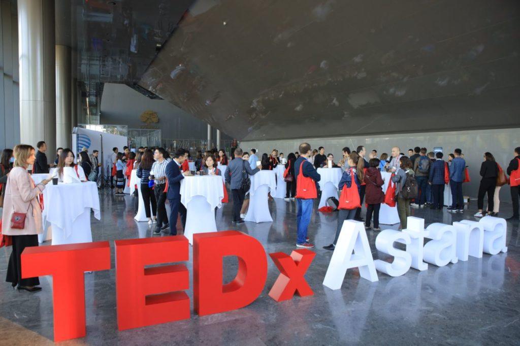 """71033626 2109651545807573 87162822219268096 o 1024x682 - """"Под одним солнцем"""" конференция TEDx обсуждает идеи, которые помогут преодолеть разногласия"""