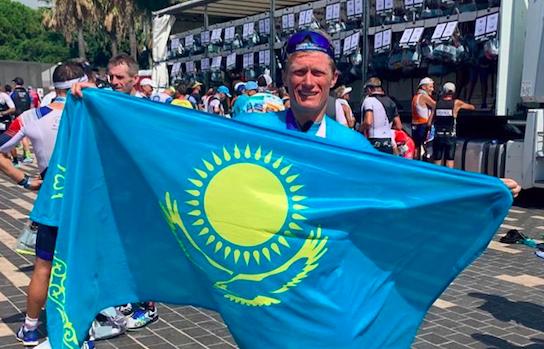A - Казахстана Винокуров выигрывает соревнования IRONMAN 70.3 дивизиона чемпионата мира в Ницце