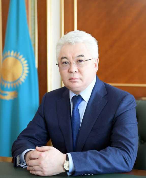 Beibut Atamkulov - Президент РК перестановки ключевых государственных и Министерство сообщения