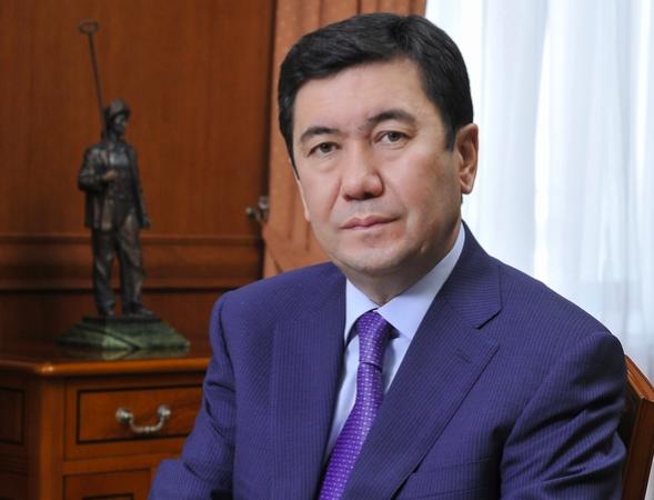 Erlan Koshanov  - Президент РК перестановки ключевых государственных и Министерство сообщения