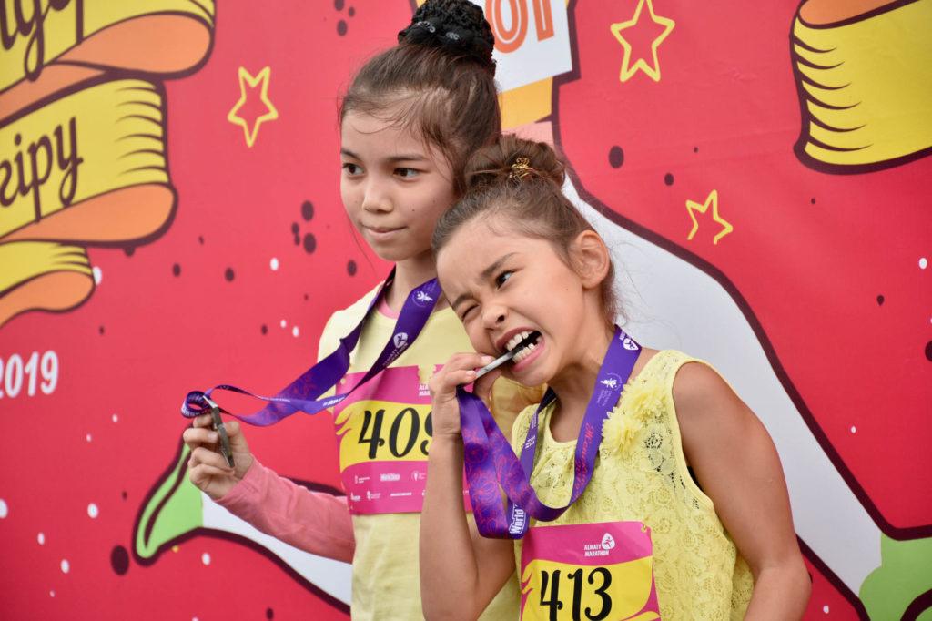 73916d26d8d049141604bda80ec6bd1b 1024x682 - Молодые бегуны дебют на старт ежегодной Алматинской женской гонке