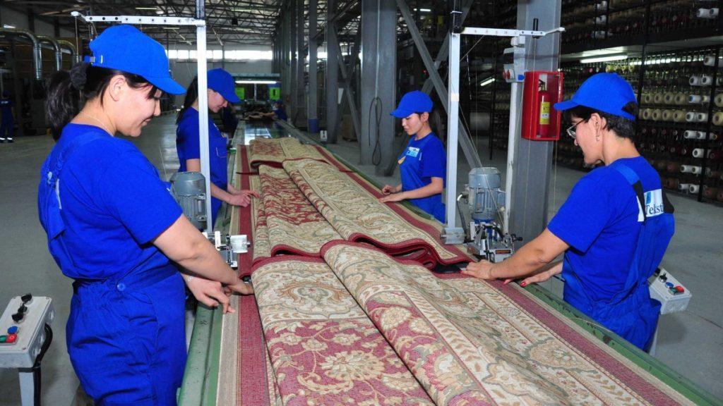 Kazakhstan carpets gain market 1024x576 - Ковры, произведенные в Шымкенте получить плацдарм на международном рынке