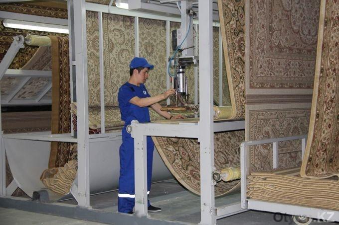 Kazakhstan carpets gain market 3 - Ковры, произведенные в Шымкенте получить плацдарм на международном рынке