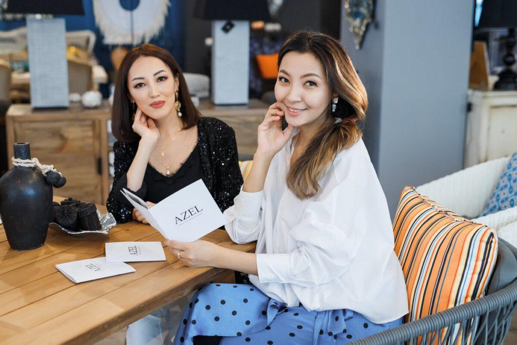 """Photo by Maxim Zhussupov 1024x683 - Казахское ювелирное дизайнеры позволяют женщинам чувствовать себя уникальными с """"доступной роскоши"""" изделия"""