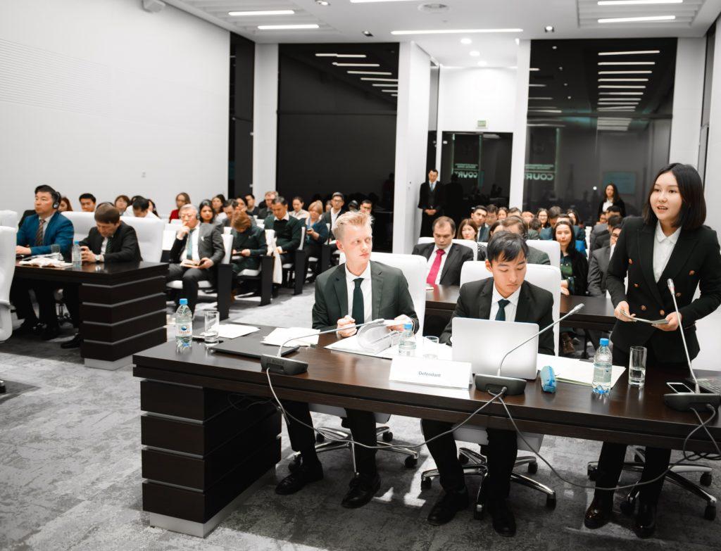 Photo credit AIFC 3 1024x783 - Начинающие юристы умолять их случаи в притворном тестовые соревнования в МФЦА