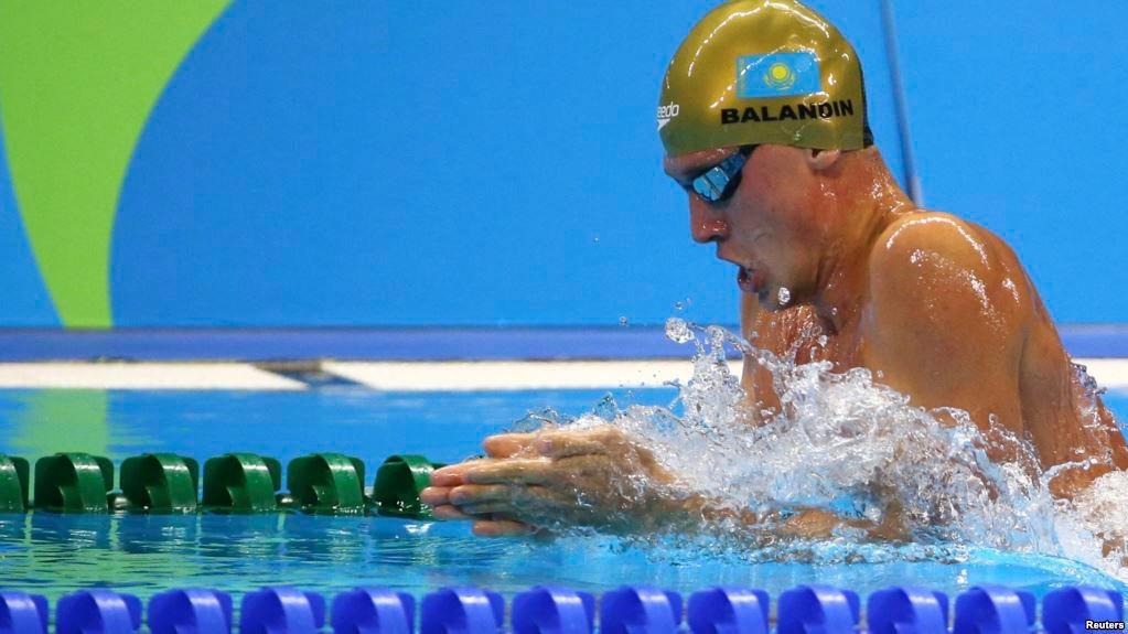 1575863102 - Баландин выигрывает золото, серебро на открытый чемпионат США по плаванию