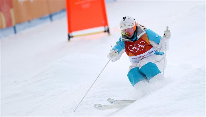 1576308029 - Юлия Galysheva выигрывает серебро на Кубке мира по горнолыжному спорту фристайл в Тайпей
