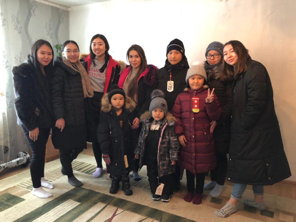 warm winter 1024x768 - Теплая зимняя Студенческая инициатива обеспечивает нуждающихся детей, с зимняя одежда для шестого