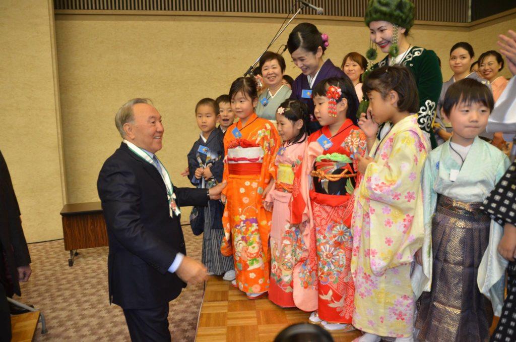 Nazarbayev's visit to Hiroshima in 2016. Photo credit: Tomiaki Kurokawa.