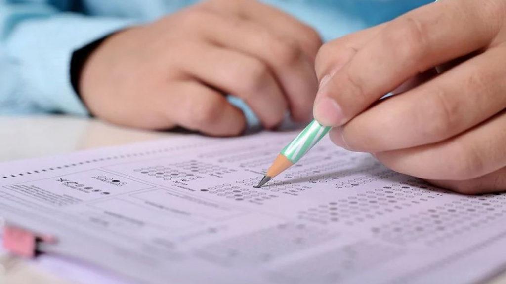 2019062008075738194 2 1024x576 - Более чем 91000 студентов казахской школе берут первый раунд оплаченного Единого национального тестирования