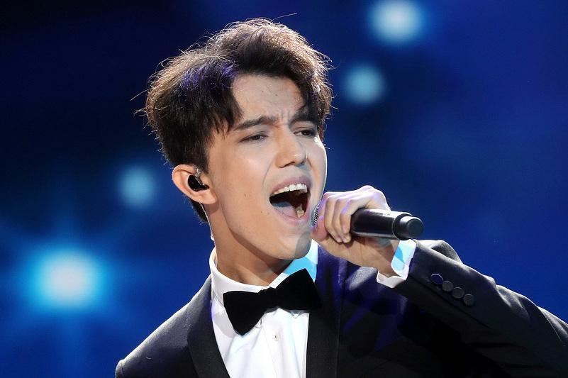 The 26-year old son of father (?) and mother(?) Dimash Kudaibergen in 2020 photo. Dimash Kudaibergen earned a  million dollar salary - leaving the net worth at  million in 2020