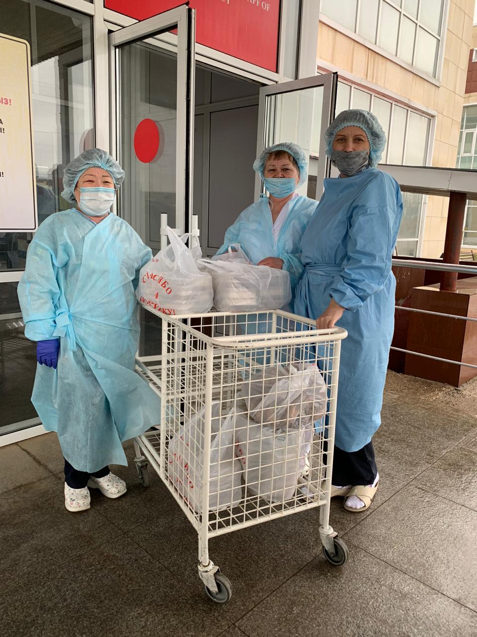 Medical workers were grateful for support.  - Граждане самостоятельно мобилизовать для оказания помощи нуждающимся, координации помощи в Казахстане
