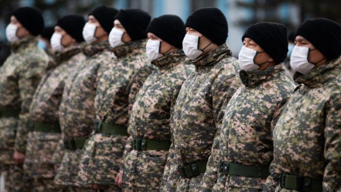 Photo credit press office of Nur Sultan Mayors Office  700x394 - Казахстан призывает в Волонтеры в форме военизированной COVID-19 команда ответ