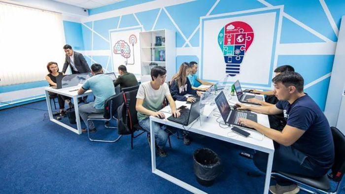 %D0%9F%D1%80%D0%BE%D1%84%D0%B5%D1%81%D1%81%D0%B8%D0%B8 700x394 - Исследование показало и ближайшие вершине растущих рабочих мест в Казахстане